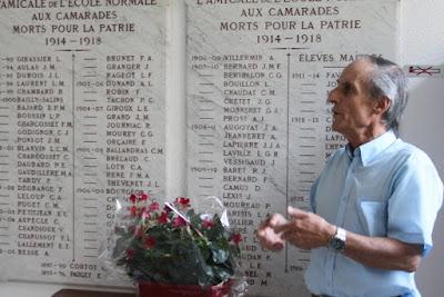 Assemblée Générale extraordinaire de l'AVNP71, hommage aux normaliens morts pour la France, ESPE Mâcon, 13 juin 2017 (photo Yves Miniau, http://aaeenm.over-blog.com/)