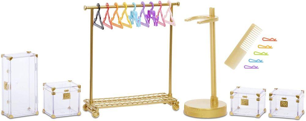 Вешалка и обувные коробки от куклы Rainbow High Avery Styles