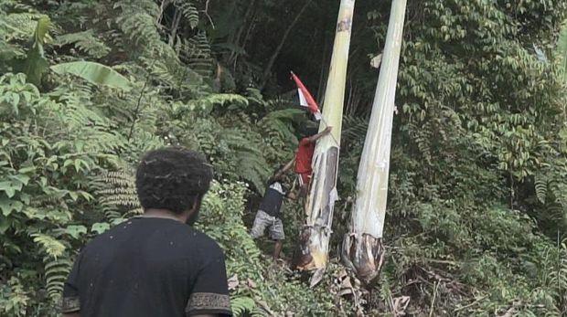 Pangdam Kasuari Papua Mendadak Dihadang Warga di Hutan, Ternyata...
