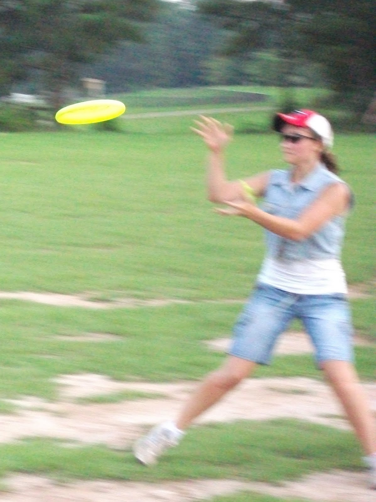 Julia's Journal: UFO- Ultimate Frisbee Obsession