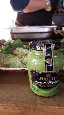 Mustard Lovers kochen mit Maille Senf im Food-Truck