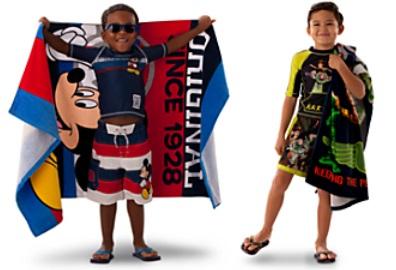 63e52471b En la primera foto vamos a ver las colecciones de Disney Store para el  verano 2013 en moda baño para chicos. Puedes elegir entre la colección de  Mickey ...