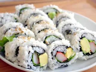 Uramaki Sushi (裏巻き寿司)