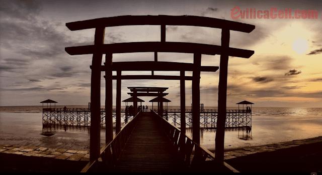 Pantai Pecel Ketapang