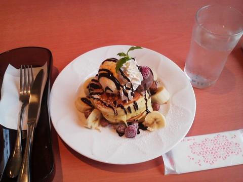 バースデーパンケーキ¥0-4 デニーズ猪高店