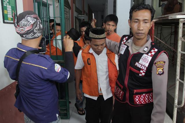 Отныне в Индонезии педофилов будут кастрировать или казнить