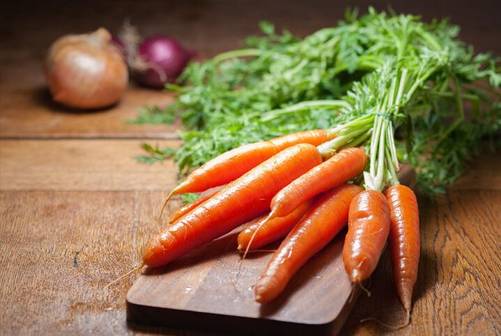 4 benefícios INESPERADOS para a saúde ao obter os nutrientes das cenouras