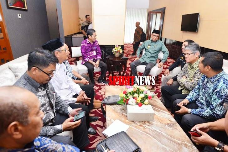Prof. Nurdin Abdullah Umumkan  UMP Tahun 2020 di Sulsel