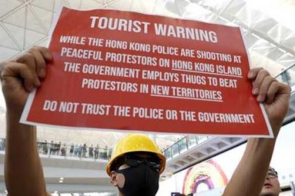 Pesan Pemuda Hong Kong: Jangan Percaya Orang Komunis, Jangan Terperangkap Uang China