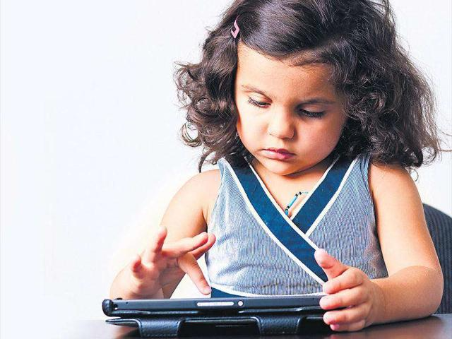 5 dangerous social media challenges for kids