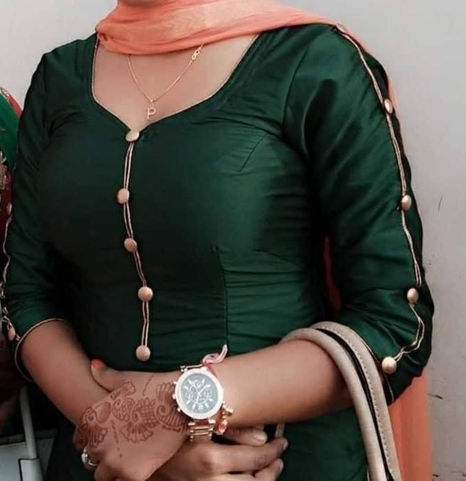 Gale design ke suit ladies Salwar Suits