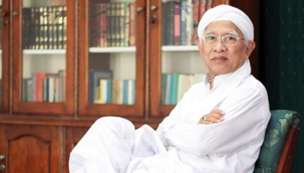 Rizal dan Mbah Hambali - Sebuah Cerpen Karya Gus Mus
