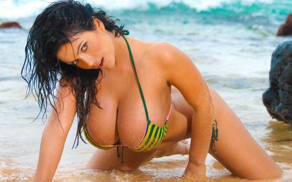 Big titty mature latina