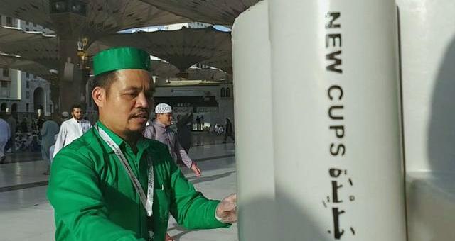 Ini Kisah Pria Asal Indonesia Penjaga Air Zamzam di Tanah Suci