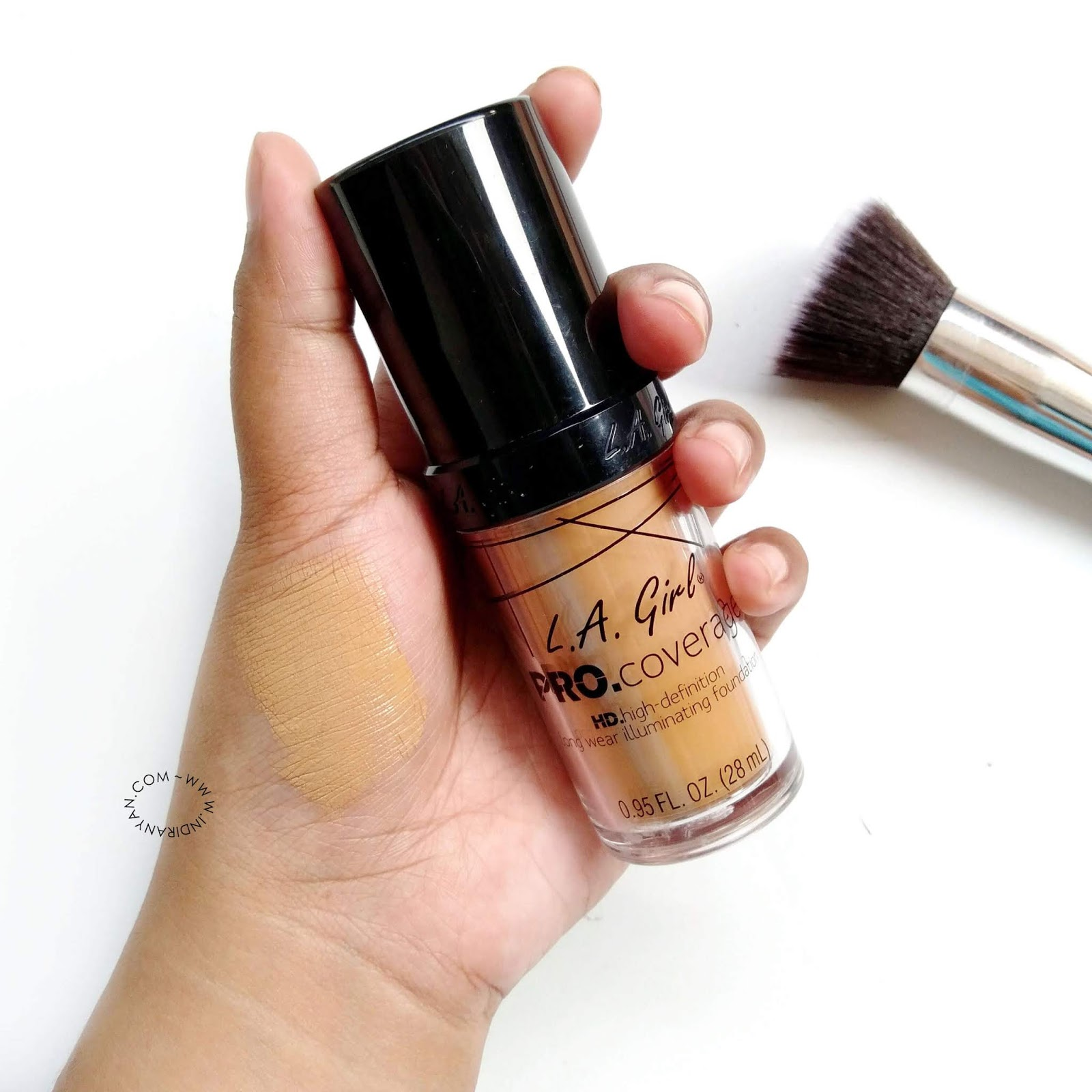 la-girl-foundation-warm-beige