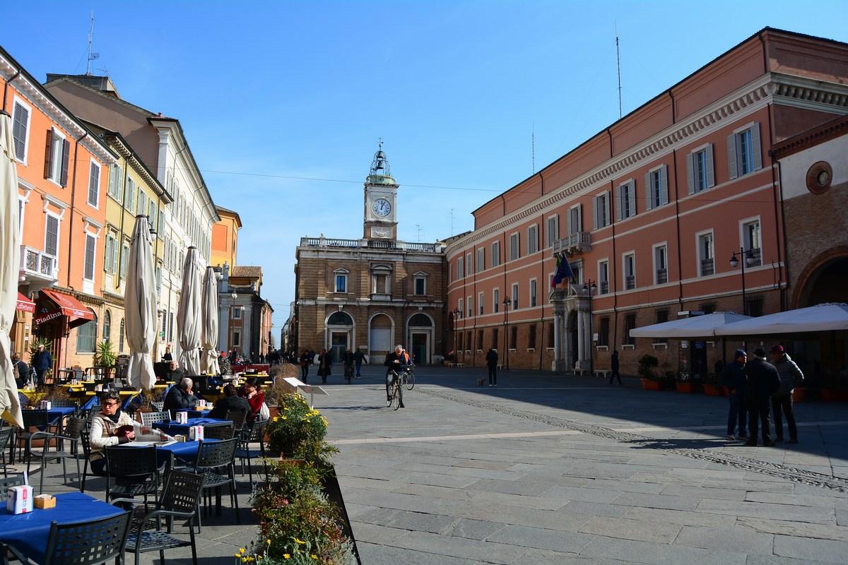 la Piazza del Popolo Ravenne