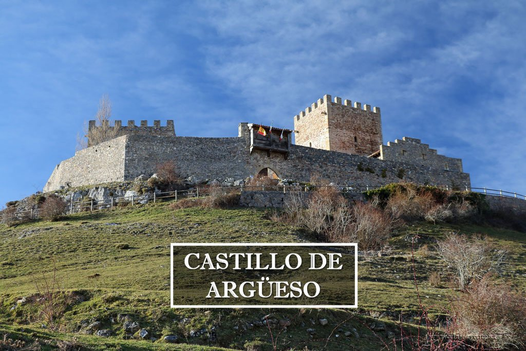 Visita al Castillo de San Vicente de Argüeso en Cantabria