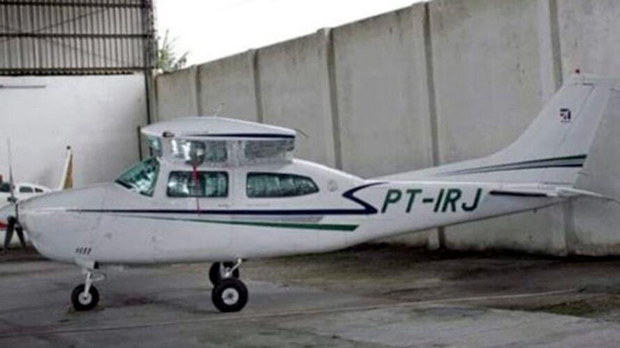 Avião pilotado por Toninho Sena pertencia à facção ligada a tráfico de drogas, diz PF