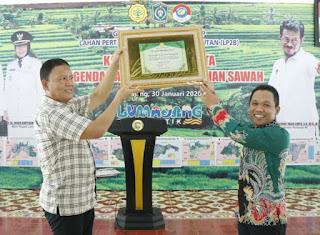 Kabupaten Lumajang Raih Penghargaan Pengendalian Alih Fungsi Lahan Pertanian