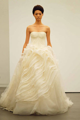 This Study In Femininity And Romance Celebrates The Wedding Gown A New Take On Classicism Ornamentation