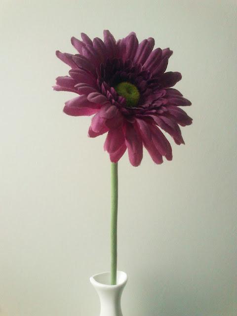 Radni stol - cvijet u vazi