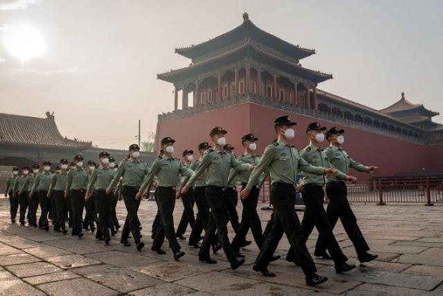 """China se prepara para el """"peor escenario"""" en medio de las crecientes tensiones"""