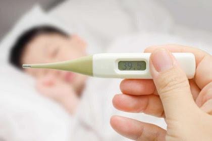 Bayi Anda Demam? Tidak Usah Panik Ini Caranya