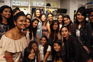 Actress Sonakshi Sinha Pos in Denim Jeans at Forever 21 Shop Launch at Express Avenue Mall  0014.jpg