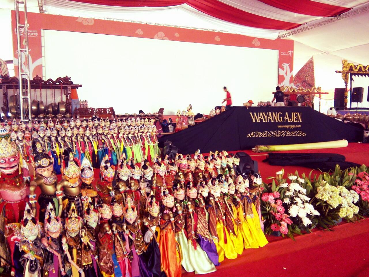 travelplusindonesia  Ini Tujuh Manfaat Nonton Wayang Langsung Buat ... 79b3860321