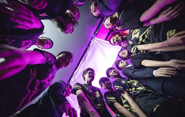 Các đội tham dự CKTG 2019: Royal Never Give Up – Mọi người vì một người