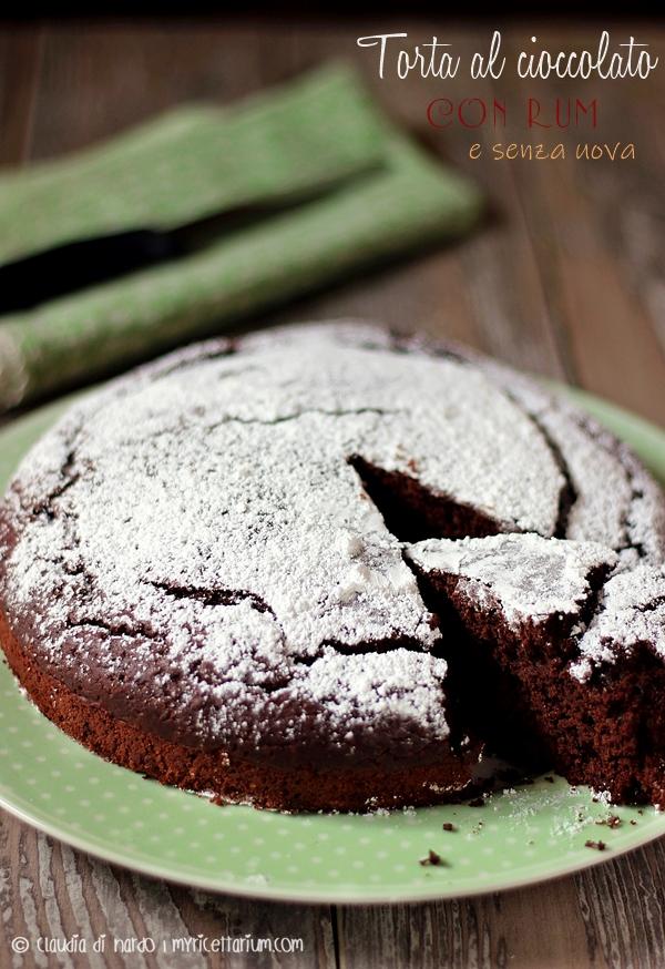 Torta al cioccolato con rum e pistacchio (senza uova)