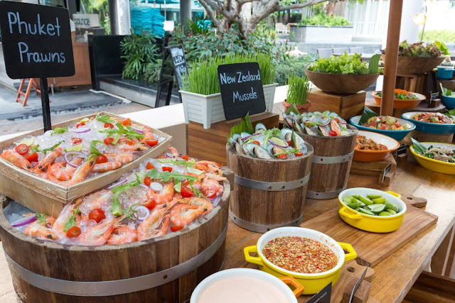 Special Buffet Dinner at Bubbles Restaurant by Grand Mercure Phuket Patong