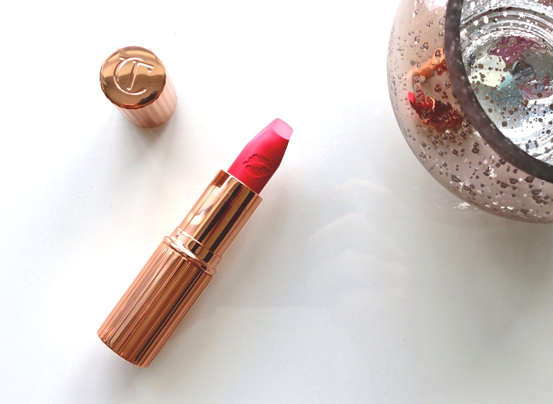 Charlotte Tilbury Hot Lips Electric Poppy Review