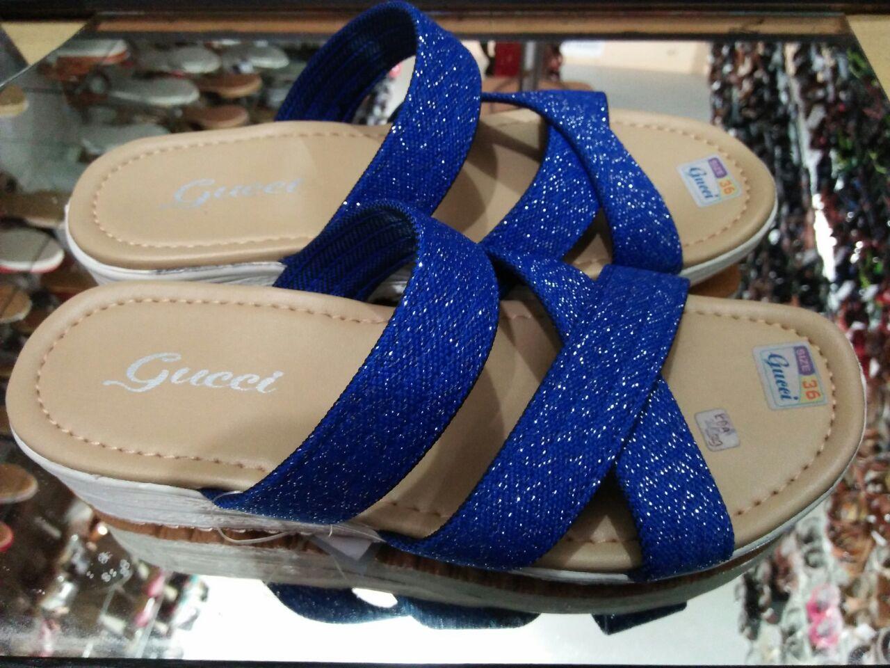 kami tawarkan lebih murah dari harga pasaran hanya Rp. 50.000 di toko kami  AZZA sandal dan sepatu iki fatanah Jl. tirto utomo ruko 2f Landungsari  Malang. e00437f1a6