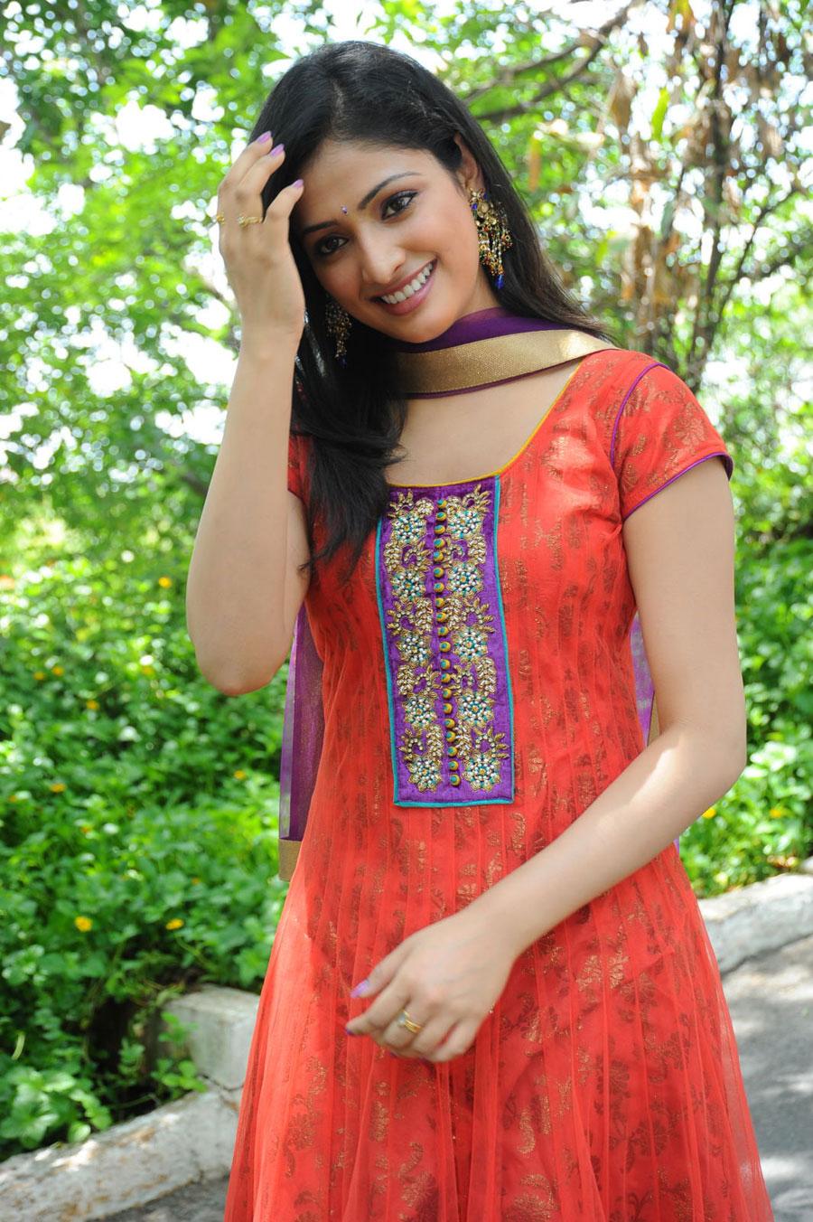 South Cine Actress Haripriya Gallery Haripriya Kannada -7353