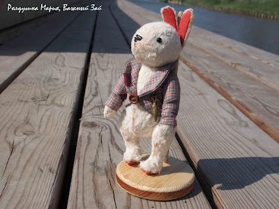 заяц игрушка с морковкой купить