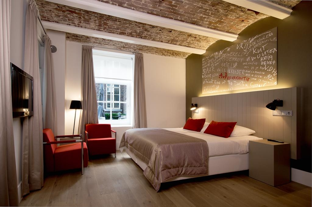 05-Het-Arresthuis-Hotel-Prison-Converted-into-a-Luxurious-Boutique-Hotel-www-designstack-co