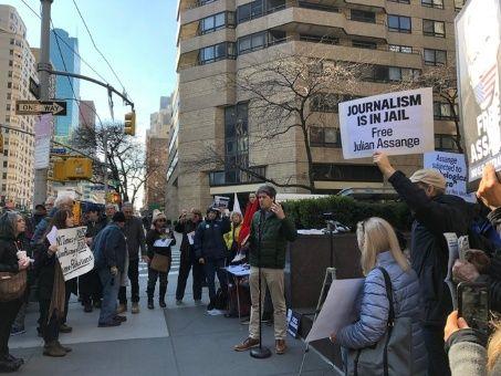 ONU asegura que Julian Assange sufre tortura psicológica