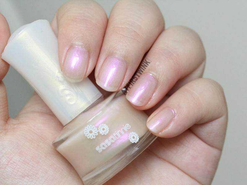 Sasatinnie nail polish P605 - Orchid pearl pink sheen whole hand