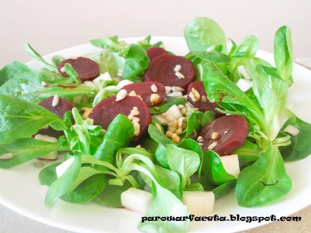 fit zielona sałatka warzywna z parowaru
