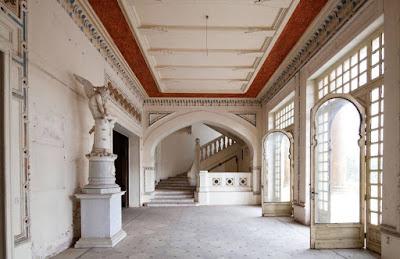 "Inside Sultana Melek's palace ""Xenia Nikolskaya"""