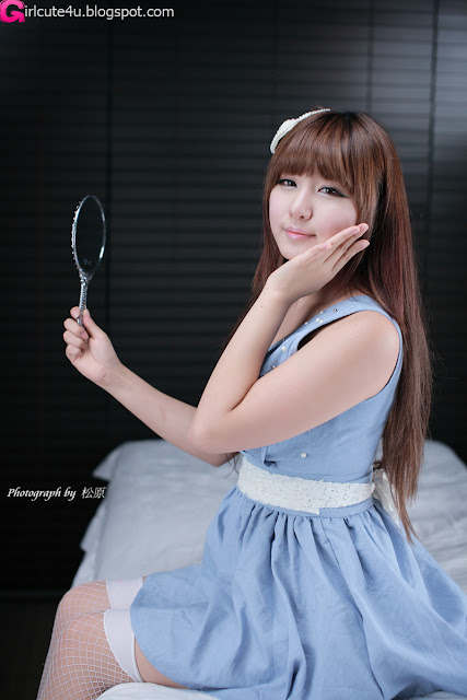 Ryu-Ji-Hye-Blue-and-White-Dress-08-very cute asian girl-girlcute4u.blogspot.com