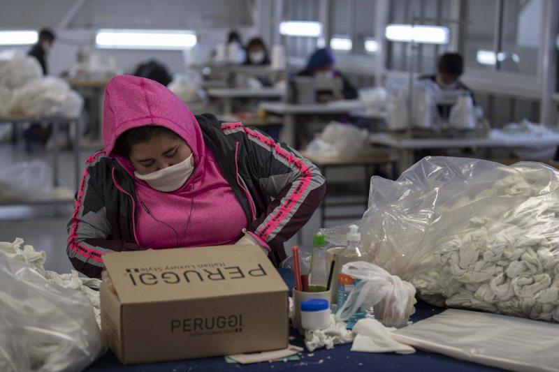 Pymes recibirán subsidio para contratar a jóvenes y mujeres