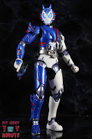 SH Figuarts Kamen Rider Vulcan Shooting Wolf 30