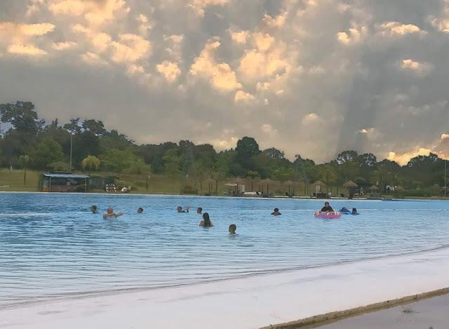 Renang Sore Natra Bintan