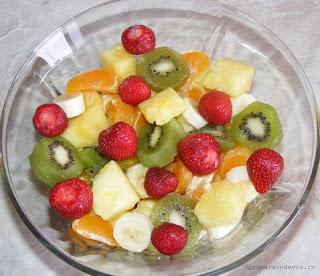 Salata de fructe retete culinare,