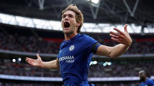 Ví tiền khủng của ông chủ là yếu tố khiến Chelsea luôn nhìn Tottenham cười ngạo nghễ bởi nhờ đó mà họ có đủ danh hiệu còn đối thủ chỉ là con gà