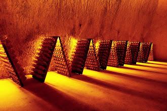 Ailleurs : Crayères Ruinart, visite des caves classées au Patrimoine mondial de l'Unesco de la plus ancienne maison de Champagne - Reims