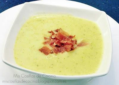 http://www.miscosillasdecocina.com/2013/01/crema-de-puerros-y-calabacin-con.html