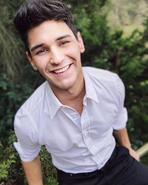 Sebastián-Silva-Youtuber-actor-Masterchef-Celebrity-filminutos-SmartFilms-campaña-Ministerio-Salud-Colombia